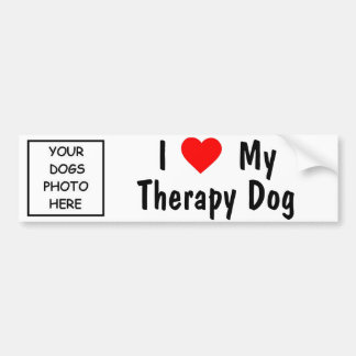 Amo mi perro de la terapia etiqueta de parachoque
