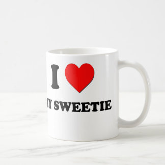 Amo mi Sweetie Taza Básica Blanca
