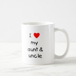 Amo mi tía y tío taza básica blanca