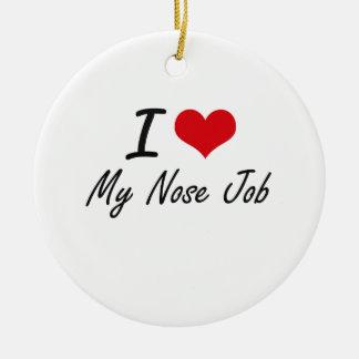 Amo mi trabajo de nariz adorno navideño redondo de cerámica