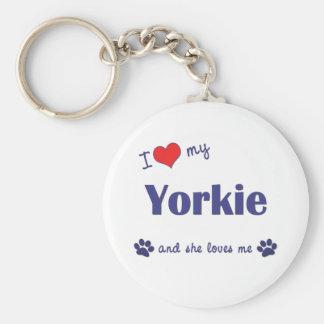 Amo mi Yorkie (el perro femenino) Llavero Personalizado