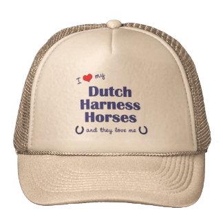 Amo mis caballos de arnés holandeses (los caballos gorro