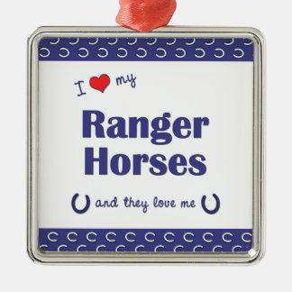 Amo mis caballos del guardabosques (los caballos adorno cuadrado plateado