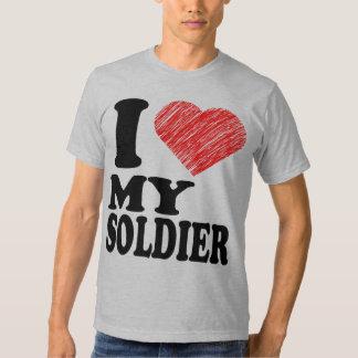 Amo mis camisetas del arte del corazón del soldado polera
