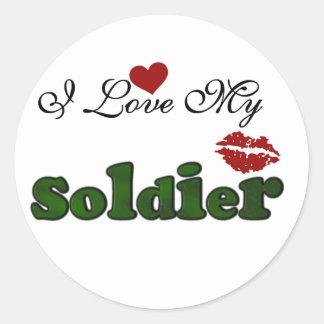 Amo mis camisetas y regalos del soldado etiquetas redondas