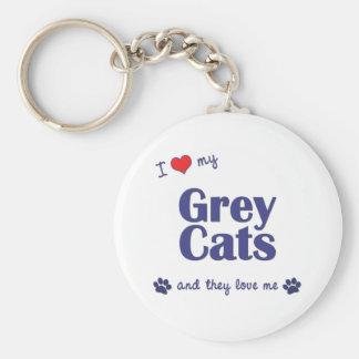Amo mis gatos grises (los gatos múltiples) llavero redondo tipo pin