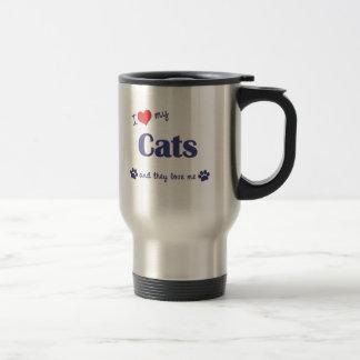 Amo mis gatos (los gatos múltiples) taza de viaje