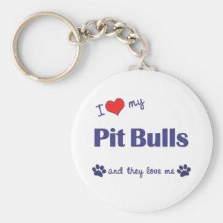 Amo mis pitbulls (los perros múltiples) llavero redondo tipo pin