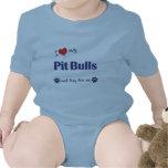 Amo mis pitbulls (los perros múltiples) trajes de bebé