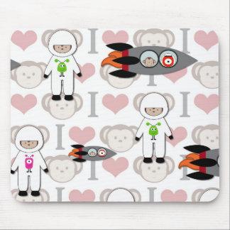 Amo monos en espacio tapete de ratón