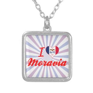 Amo Moravia, Iowa Collar