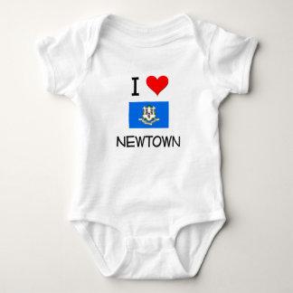 Amo Newtown Connecticut Camisas