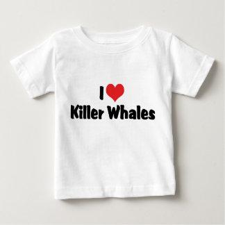 Amo orcas del corazón playera de bebé