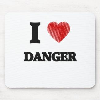 Amo peligro mousepads
