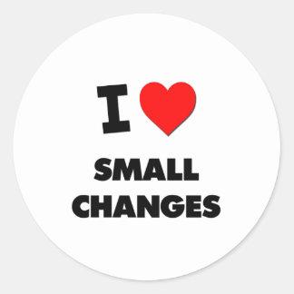 Amo pequeños cambios pegatina redonda