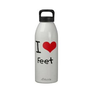 Amo pies botella de agua
