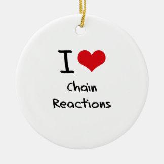 Amo reacciones en cadena ornamentos de reyes