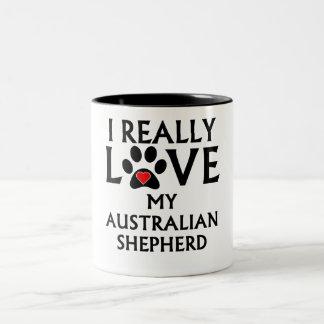 Amo realmente a mi pastor australiano taza de dos tonos