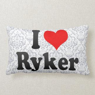 Amo Ryker Cojines