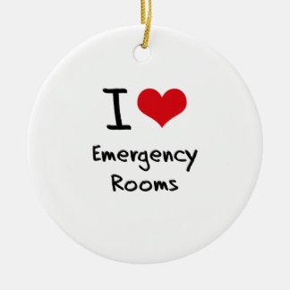 Amo salas de urgencias adorno navideño redondo de cerámica