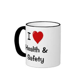 Amo salud y seguridad del corazón de salud y de la taza de dos colores