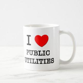 Amo servicios públicos taza de café