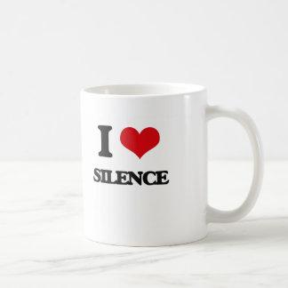Amo silencio taza clásica