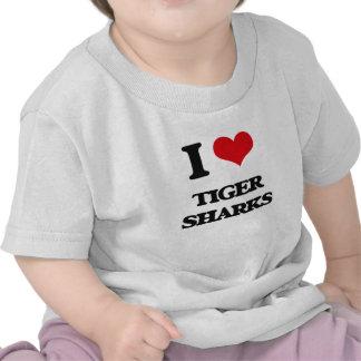 Amo tiburones de tigre camiseta