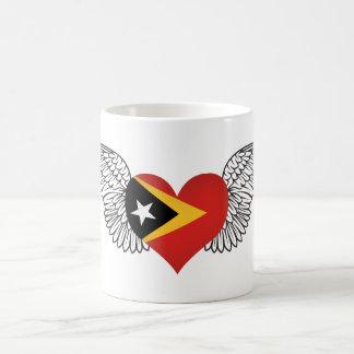Amo Timor Oriental - alas Taza Básica Blanca