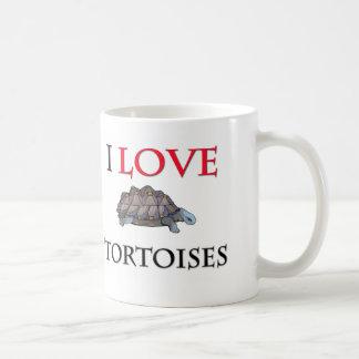 Amo tortugas taza clásica