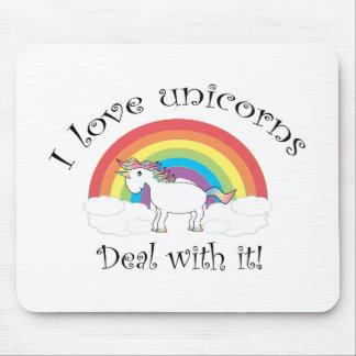 ¡Amo trato de los unicornios con él! Alfombrillas De Raton