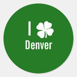 Amo (trébol) día del St Patricks de Denver Pegatina Redonda