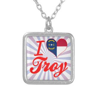 Amo Troy, Carolina del Norte Collares Personalizados