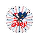 Amo Troy, Idaho Relojes