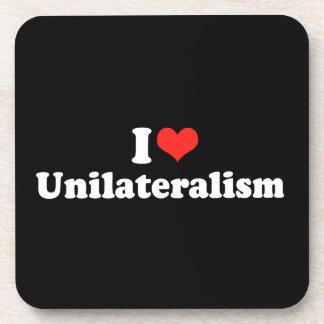 AMO UNILATERALISM png Posavasos