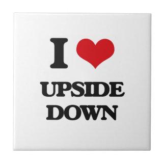 Amo upside-down azulejo cuadrado pequeño