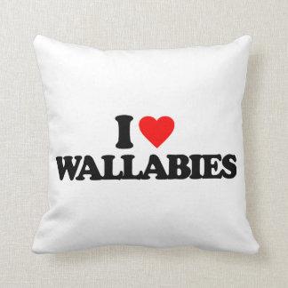 AMO WALLABIES ALMOHADAS
