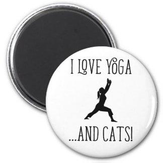 Amo yoga y el imán de las letras negras de los