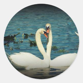 Amor 2 del cisne pegatina redonda
