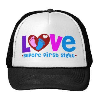 Amor antes de la primera vista gorras