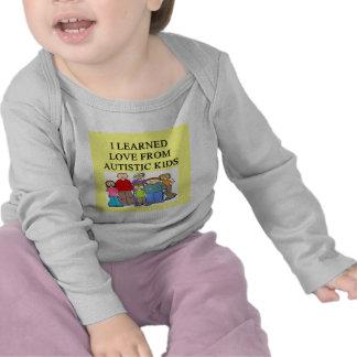 amor autustic de la hija del hijo del niño del camiseta
