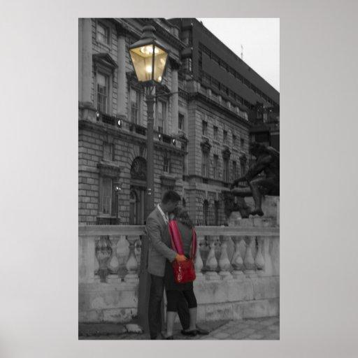 Amor bajo luz de calle poster