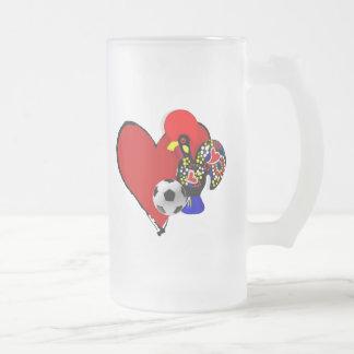 Amor, Barcelos, Futebol - Deus é Maravilhoso Frosted Glass Beer Mug
