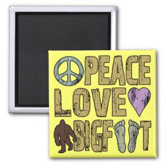 Amor Bigfoot de la paz Imán Cuadrado