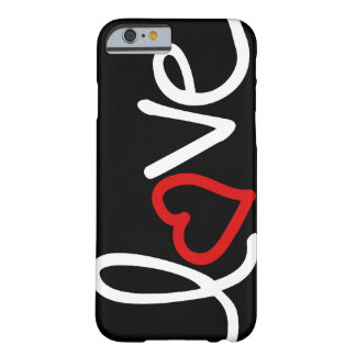 Amor blanco y negro con el corazón rojo funda para iPhone 6 barely there