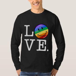 Amor con un gay feliz LGBT de la bandera del arco Playera