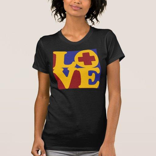 Amor de ayuda médico camiseta