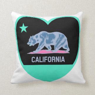 Amor de California - bandera colorida de CA en Cojín