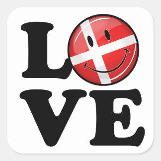 Amor de la bandera sonriente de Dinamarca Pegatina Cuadrada