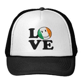 Amor de la bandera sonriente de Irlanda Gorros Bordados